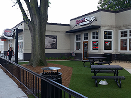 Exterior photograph of Sport Clips